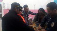 Nelayan selamat mendapatkan perawatan di Puskesmas. (Foto: Istimewa)